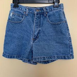 Arizona Jean Company Shorts - VINTAGE High Waisted Shorts